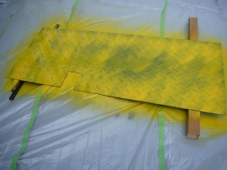 鉄板の塗装