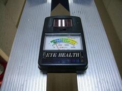 LED蛍光灯の明るさ測定