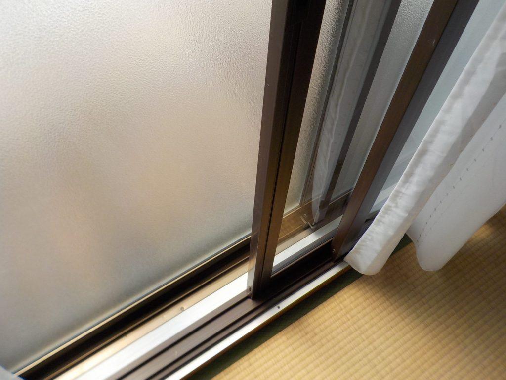 お部屋の窓は2重サッシ